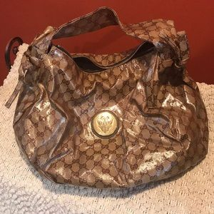 Authentic Gucci hobo excellent condition